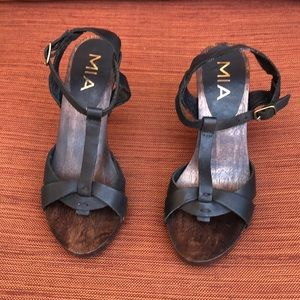 MIA Wooden Base Heels